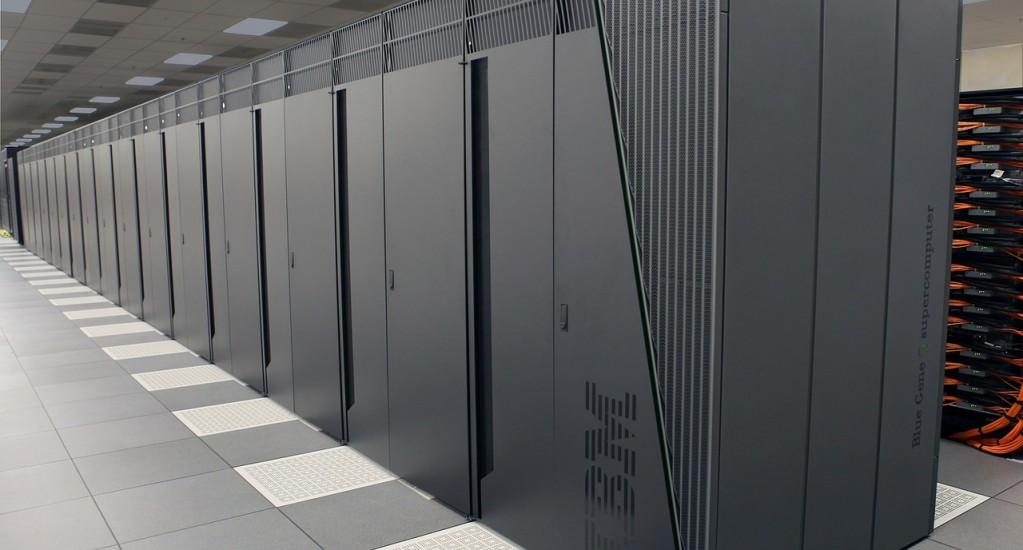 ウェブサイトのサーバー及び基盤システムを最新環境に刷新